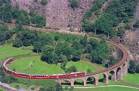 Image voyage LA SUISSE par les trains :  GLACIER EXPRESS, BERNINA EXPRESS